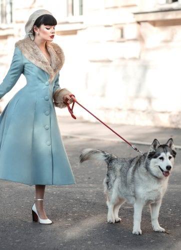 British Retro Vintage Fashion - Wonderland Warmth