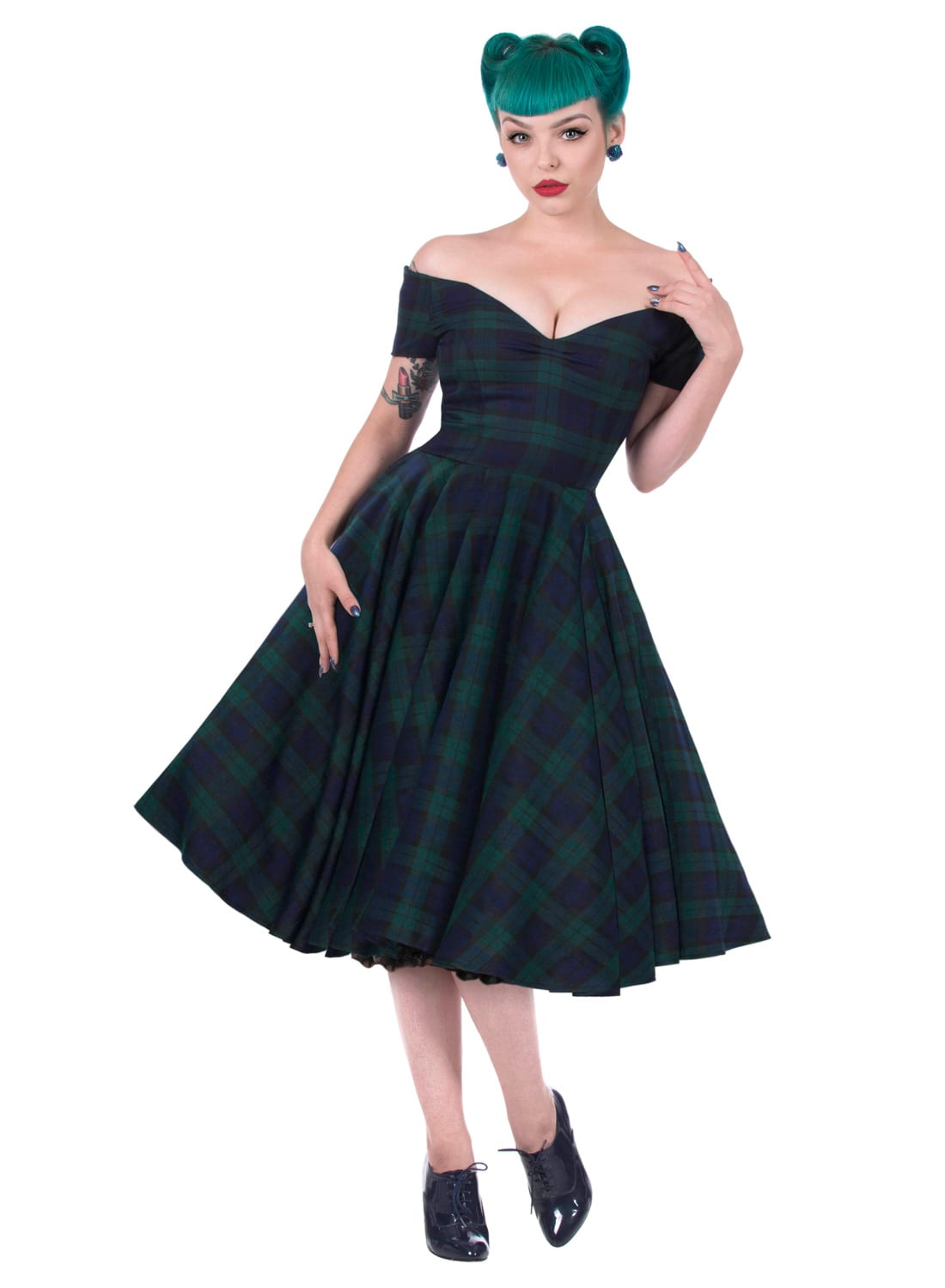 Add a cute, feminine flair to your wardrobe with these sassy swing dresses from Unique Vintage. Inspired by the iconic looks of '40s and '50s dresses, our lineup of A-line styles is sure to win your retro-loving heart, darling.